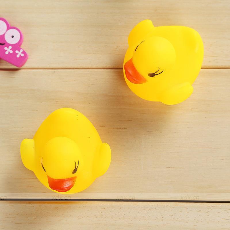 Bán buôn Vịt thả bồn tắm 1 mẹ 3 con giá sỉ - tongkhothienan.com