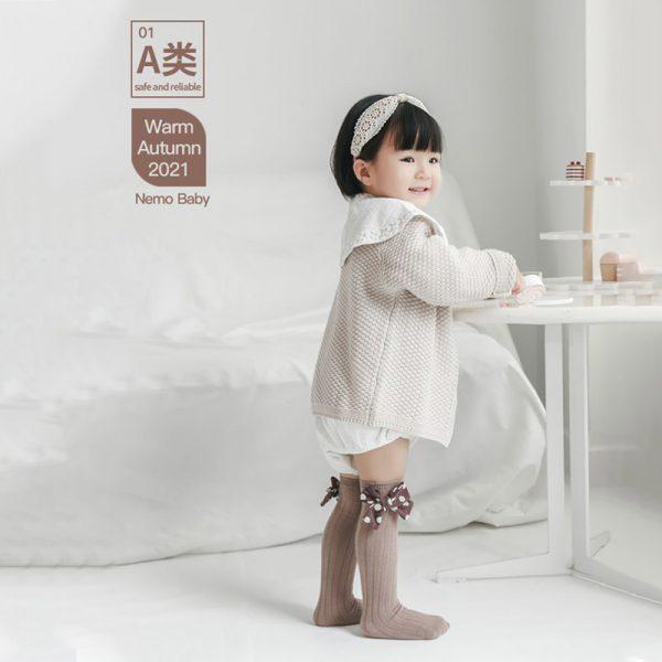Vớ tất cao cổ cho bé gái đính nơ Nemo - tongkhothienan.com